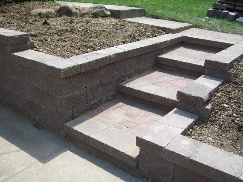 concrete sidewalk,www.bloughcontracting.com,washington pa.724-531-1145