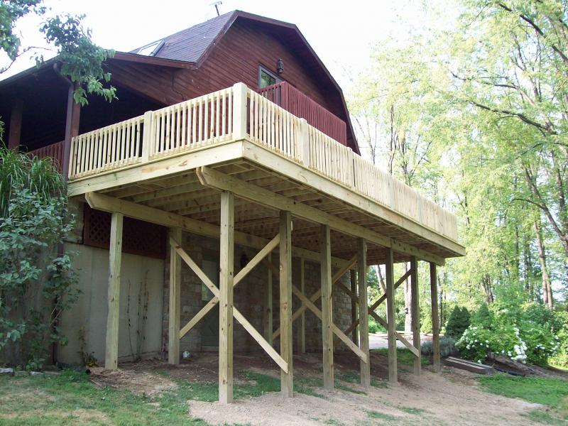 deck,blough contracting,washington pa. 724-531-1145,www.bloughcontracting.com
